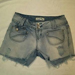LEI cut off jean shorts